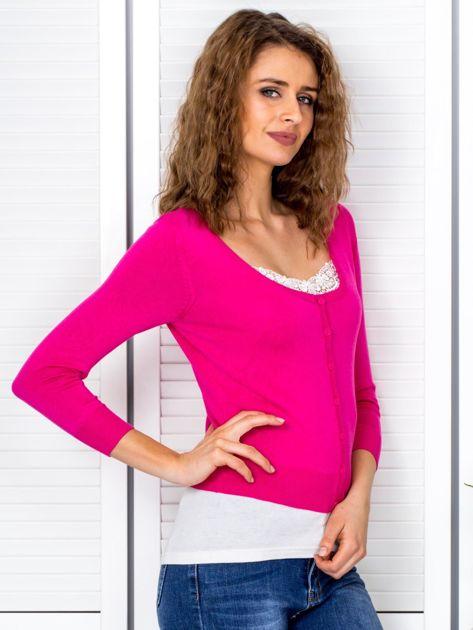 Ciemnoróżowy sweter damski z guzikami                               zdj.                              5