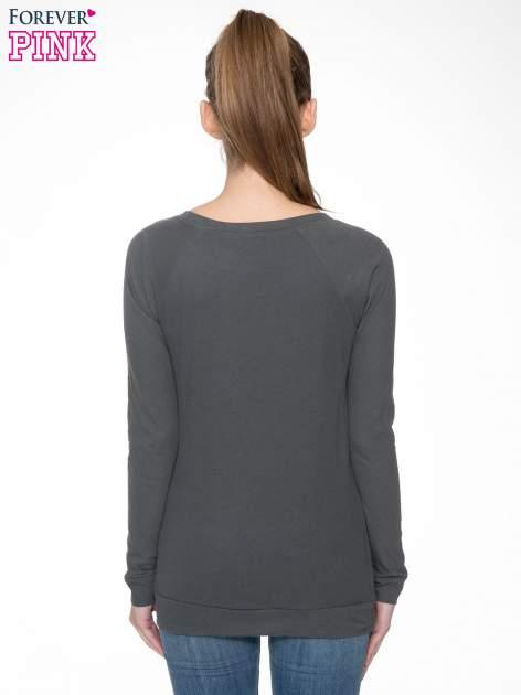Ciemnoszara bawełniana bluzka z rękawami typu reglan                                  zdj.                                  6