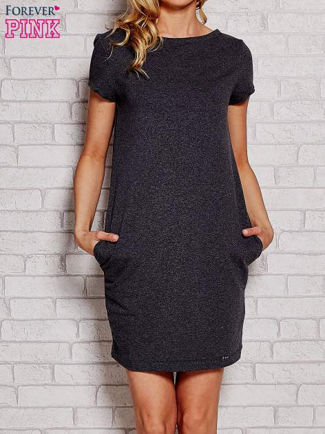Ciemnoszara sukienka dresowa z kieszeniami