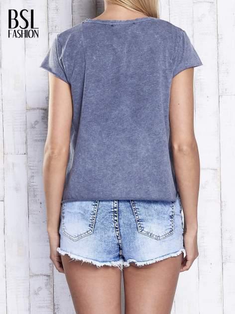 Ciemnoszary dekatyzowany t-shirt z napisem NEW YORK                                  zdj.                                  5