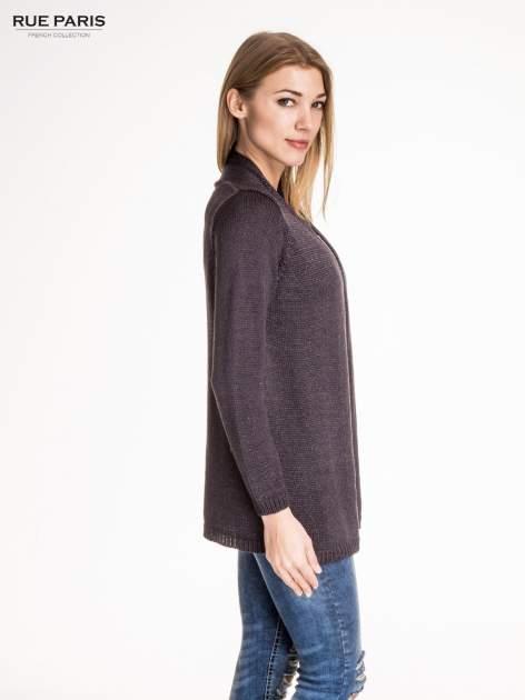 Ciemnoszary otwarty sweter z błyszczącą nitką                                  zdj.                                  3