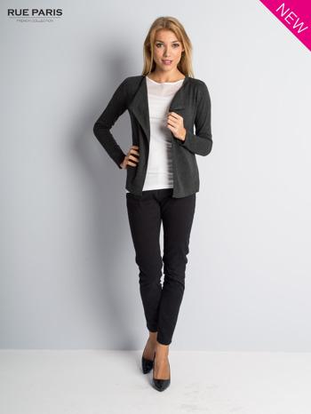 Ciemnoszary sweter narzutka z kaskadowymi bokami                                  zdj.                                  2