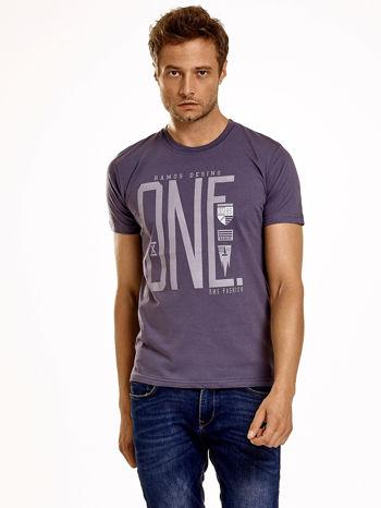 Ciemnoszary t-shirt męski z nadrukiem i napisem ONE                                  zdj.                                  2