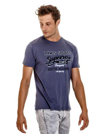 Ciemnoszary t-shirt męski ze sportowym nadrukiem i napisem SUPERIOR