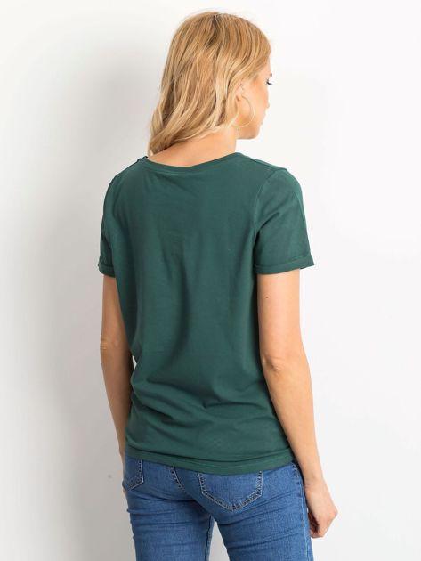 Ciemnozielony t-shirt Transformative                              zdj.                              2