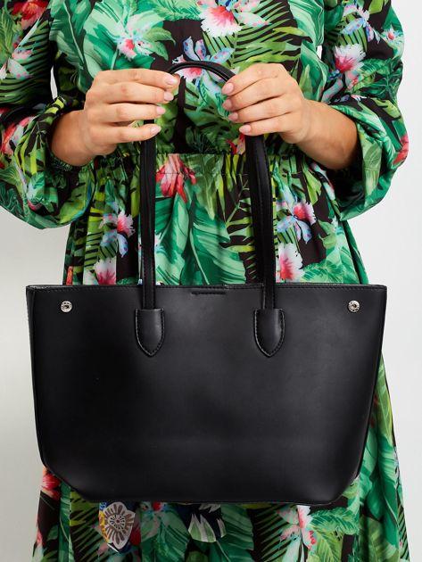 Czarna ażurowa torba shopper                              zdj.                              2