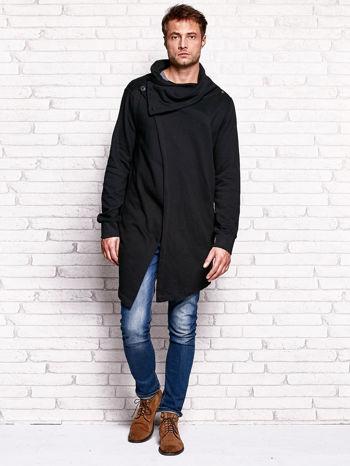 Czarna bluza męska z kaskadowym dekoltem                                  zdj.                                  4