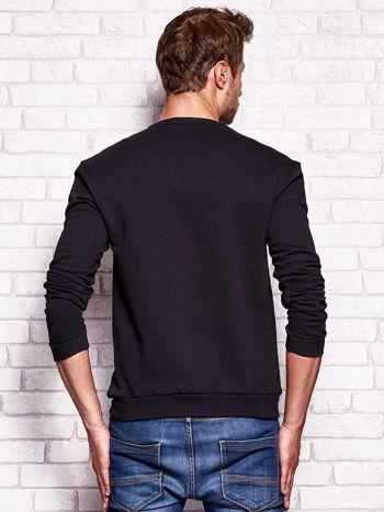 Czarna bluza męska z miejskim nadrukiem                                  zdj.                                  2