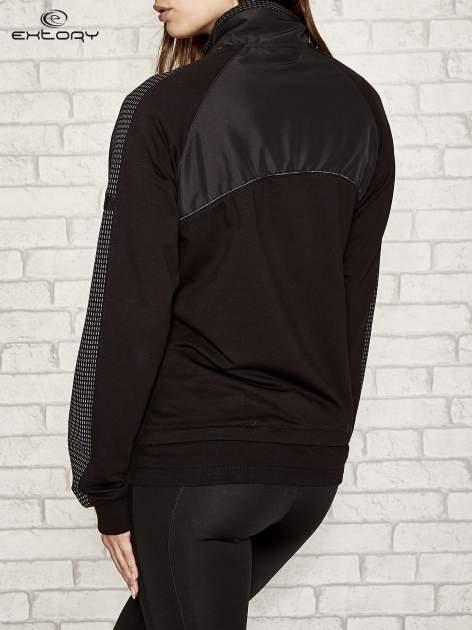 Czarna bluza sportowa fitness z wiązaniem                                  zdj.                                  2