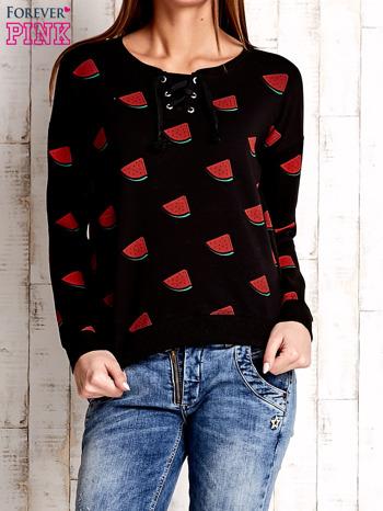 Czarna bluza w arbuzy z wiązaniem                              zdj.                              1