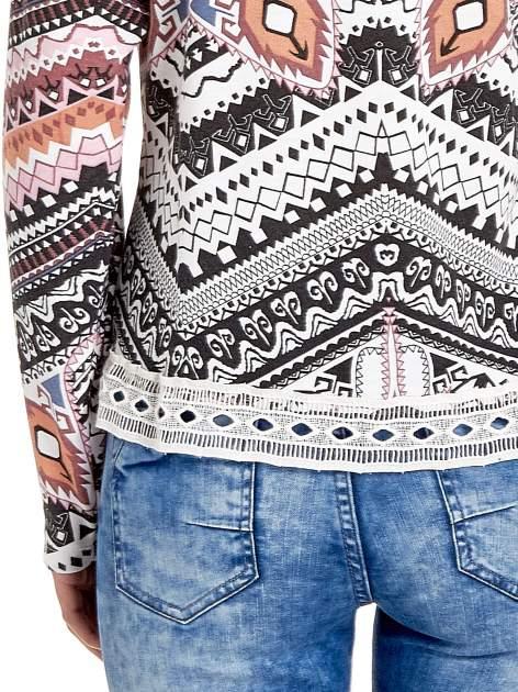 Czarna bluza w azteckie wzory z gipiurą                                  zdj.                                  6