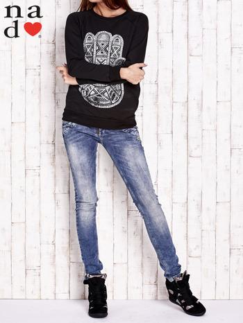 Czarna bluza z motywem dłoni                                  zdj.                                  4