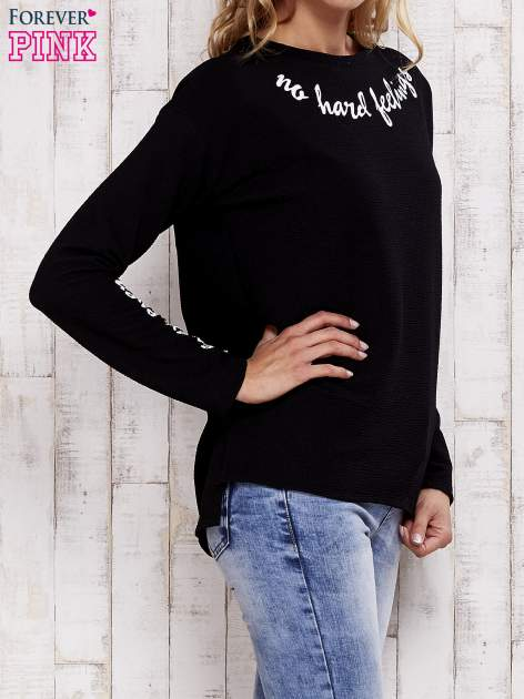 Czarna bluza z napisem NO HARD FEELINGS                                  zdj.                                  3