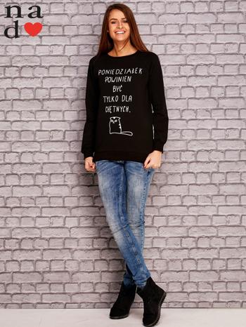Czarna bluza z napisem PONIEDZIAŁEK POWINIEN BYĆ TYLKO DLA CHĘTNYCH                                  zdj.                                  2