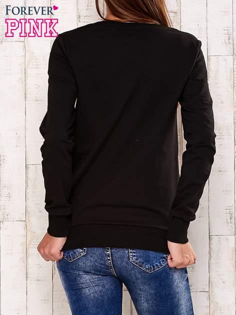 Czarna bluza z rysunkowym nadrukiem                                  zdj.                                  4