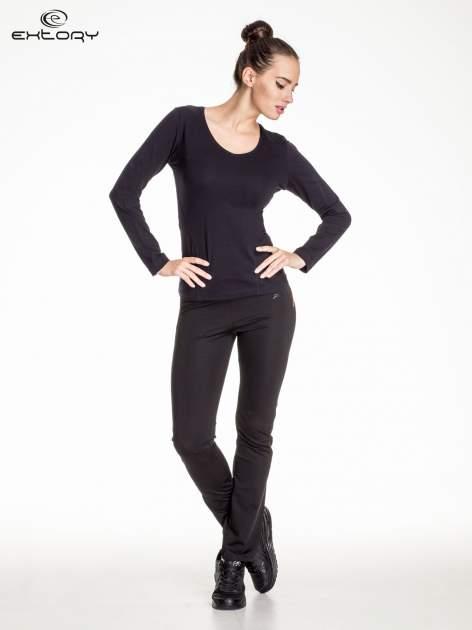 Czarna bluzka sportowa basic PLUS SIZE                                  zdj.                                  2