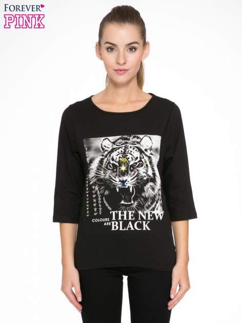 Czarna bluzka z nadrukiem tygrysa i napisem THE NEW COLOURS ARE BLACK                                  zdj.                                  1
