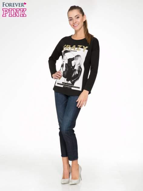 Czarna bluzka z napisem CRAZY i nadrukiem fashionistek                                  zdj.                                  2