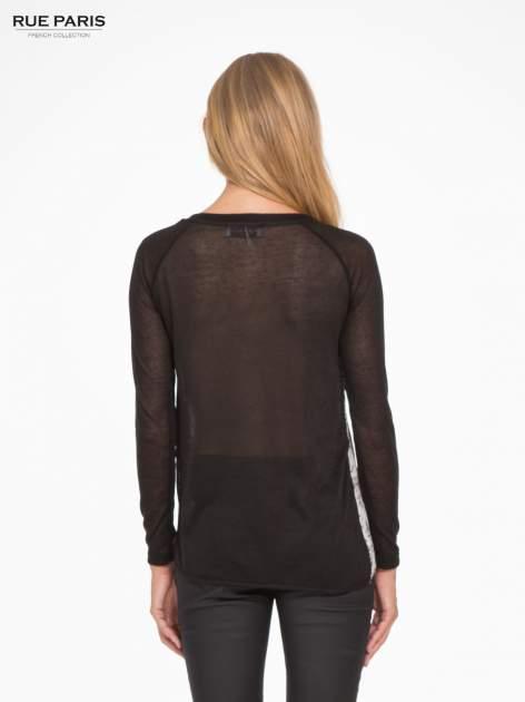 Czarna bluzka z reglanowymi rękawami i kwiatowym przodem                                  zdj.                                  4