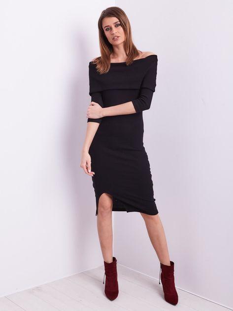 Czarna dopasowana sukienka z odkrytymi ramionami                              zdj.                              5