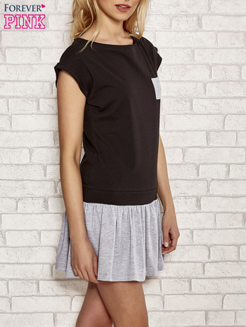 Czarna dresowa sukienka tenisowa z kieszonką                                  zdj.                                  3
