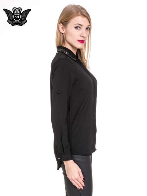 Czarna elegancka koszula z łańcuszkami na kołnierzyku                                  zdj.                                  3