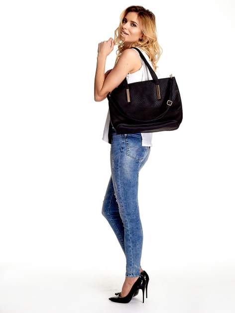 Czarna fakturowana torba shopper bag                                  zdj.                                  2