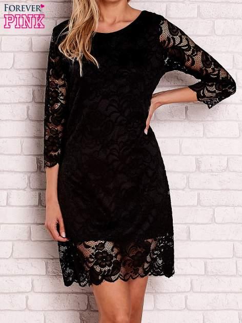 Czarna koronkowa sukienka z wiązaniem na plecach                                  zdj.                                  1