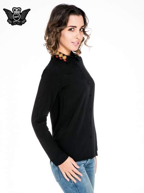 Czarna koszula z haftowanym kołnierzykiem                                  zdj.                                  3