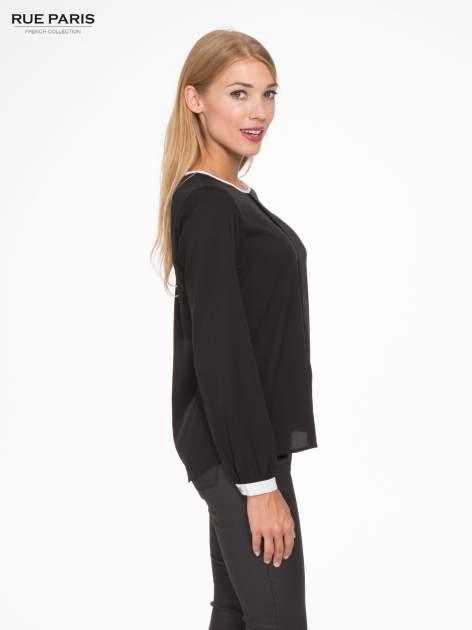Czarna koszula z kontrastową lamówką przy dekolcie i mankietami                                  zdj.                                  3