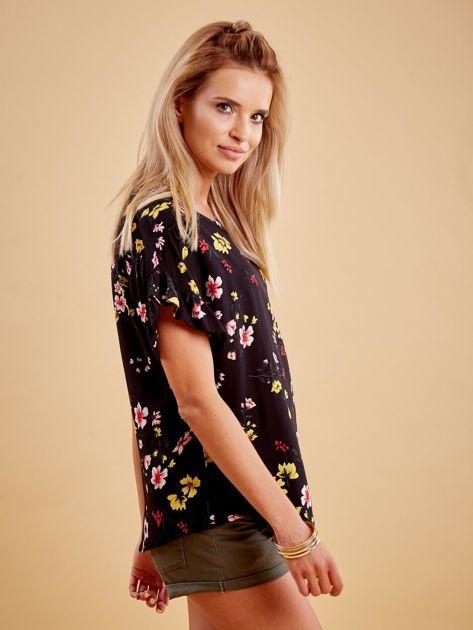Czarna kwiatowa bluzka z falbanami na rękawach                              zdj.                              3