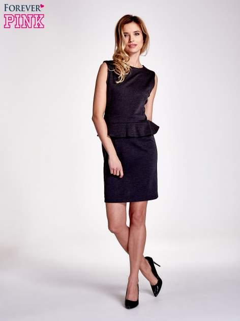 Czarna melanżowa sukienka z baskinką                                  zdj.                                  4