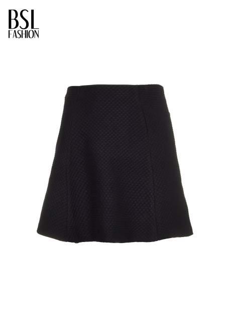 Czarna mini spódnica skater z fakturą                                  zdj.                                  5