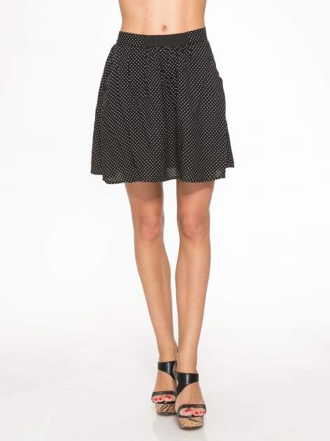 Czarna mini spódnica w kropki                                  zdj.                                  1