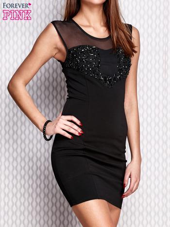 Czarna ołówkowa sukienka z aplikacją                                  zdj.                                  3
