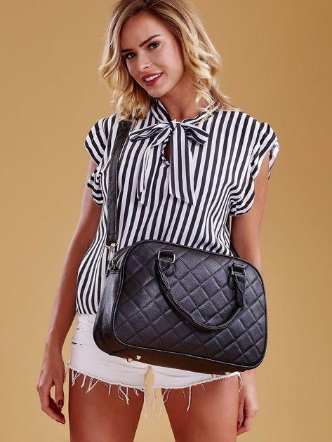 Czarna pikowana torba z ekoskóry                              zdj.                              2