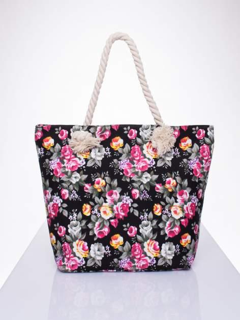 Czarna plażowa torba w kwiaty na sznurku                                  zdj.                                  1
