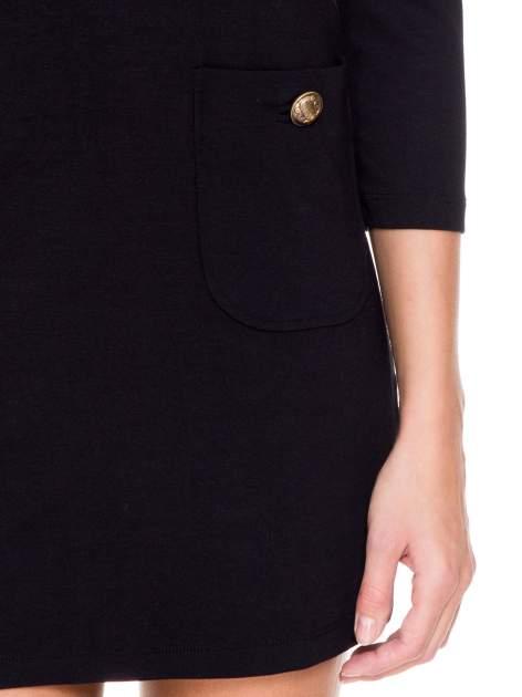Czarna prosta sukienka z kieszonkami i suwakiem z tyłu                                  zdj.                                  6