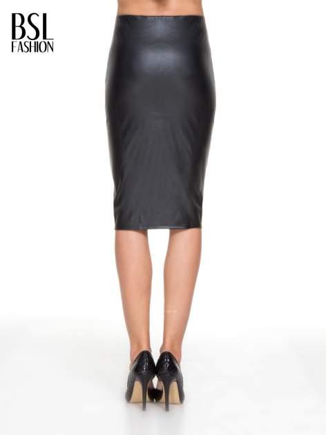 Czarna skórzana spódnica midi                                  zdj.                                  4