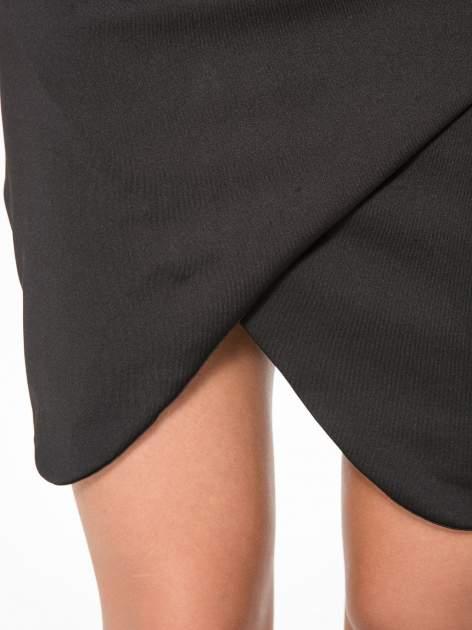 Czarna spódnica kopertowa ze skórzanym pasem                                  zdj.                                  10
