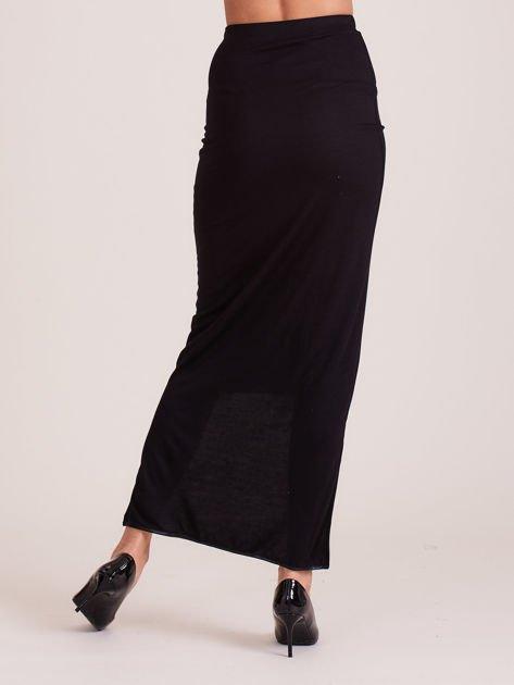 Czarna spódnica maxi z krótszym tyłem i obszyciem ze skóry                                  zdj.                                  1