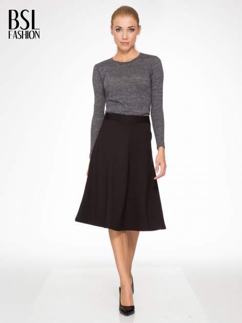 Czarna spódnica midi w kształcie litery A                                  zdj.                                  2