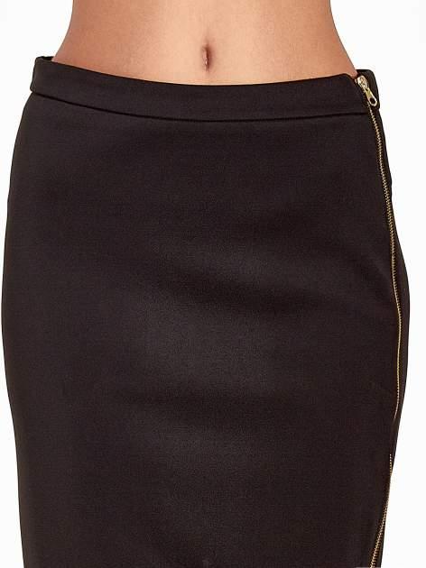 Czarna spódnica midi z siatkowym modułem                                  zdj.                                  5