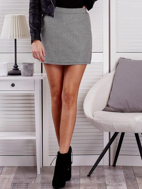 Czarna spódnica mini w jodełkę                                  zdj.                                  1