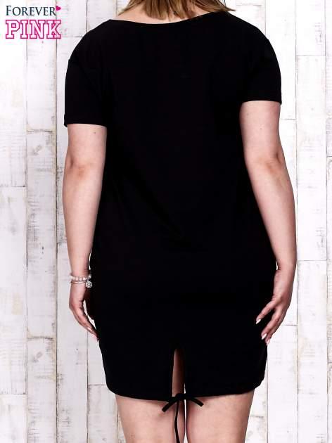 Czarna sukienka dresowa ze ściągaczem na dole                                  zdj.                                  4