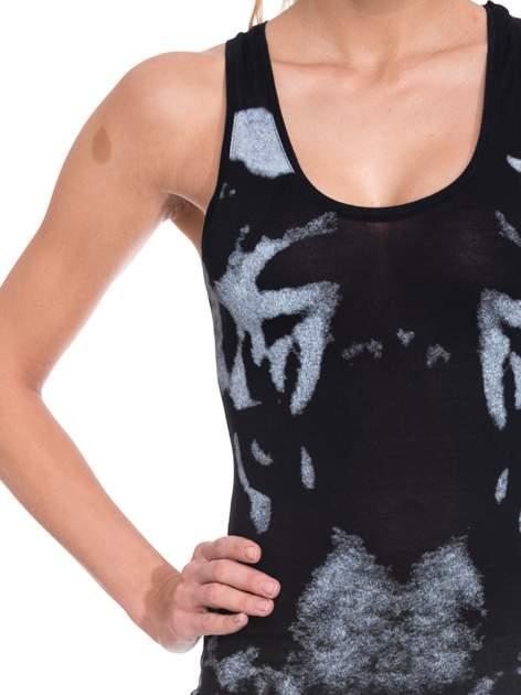 Czarna sukienka maxi z nadrukiem tygrysa                                  zdj.                                  6