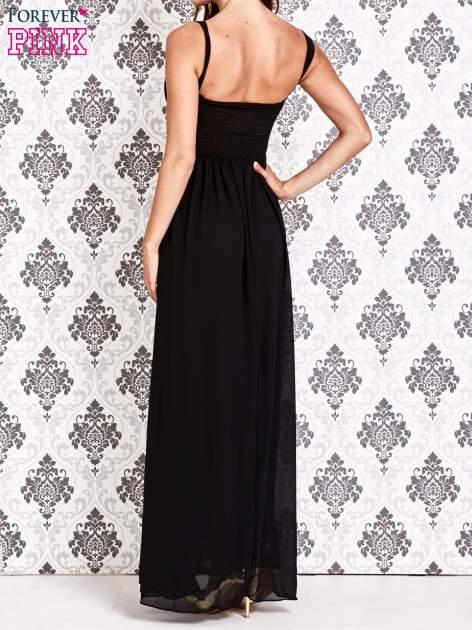Czarna sukienka maxi z odkrytymi plecami                                  zdj.                                  4