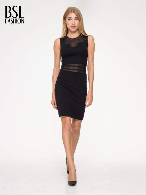 Czarna sukienka tuba z tiulowymi wycięciami                                  zdj.                                  5