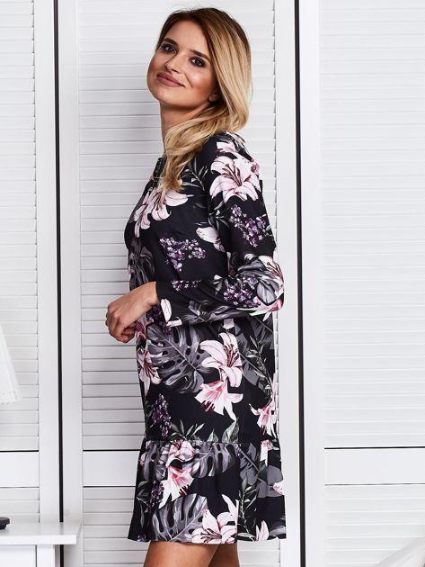 Czarna sukienka w kolorowe kwiaty                              zdj.                              5