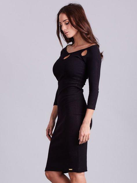 Czarna sukienka w prążek z wycięciami                              zdj.                              5